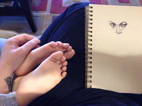 doodle toes.jpg